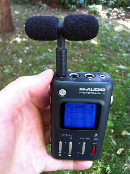 MicroTrack II recorder with stereo T-mic